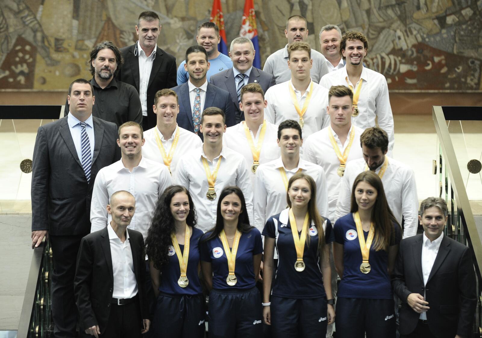 Ministar Udovičić sa osvajačima medalja na Univerzijadi