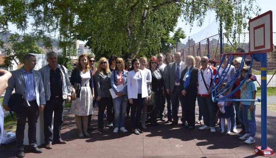 Помоћница министра  за омладину отворила инклузивни парк у Ужицу