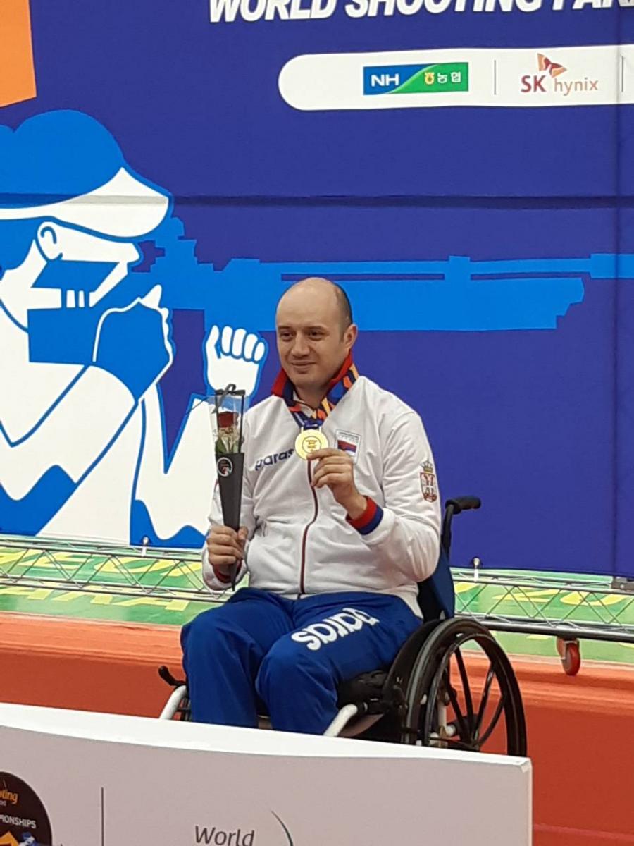 Честитка министра Удовичића Драгану Ристићу за освојену златну медаљу
