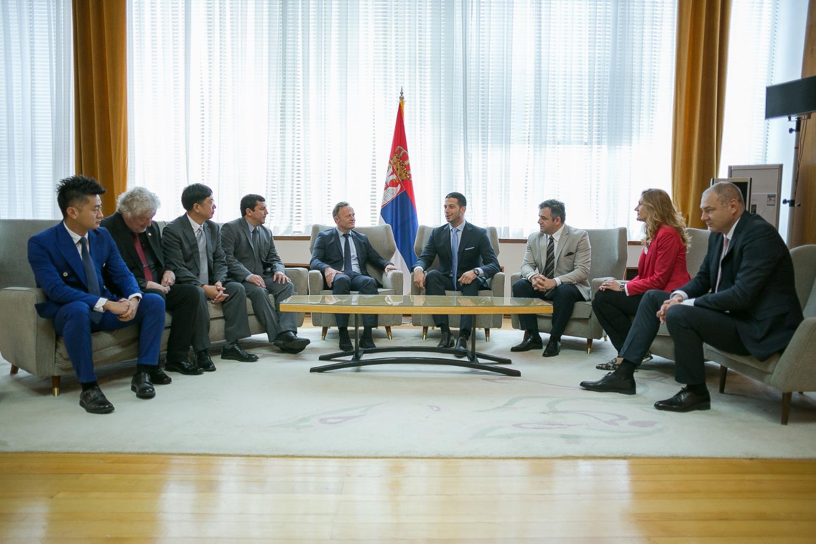 Министар Удовичић састао се са председником Међународне федерације за школски спорт