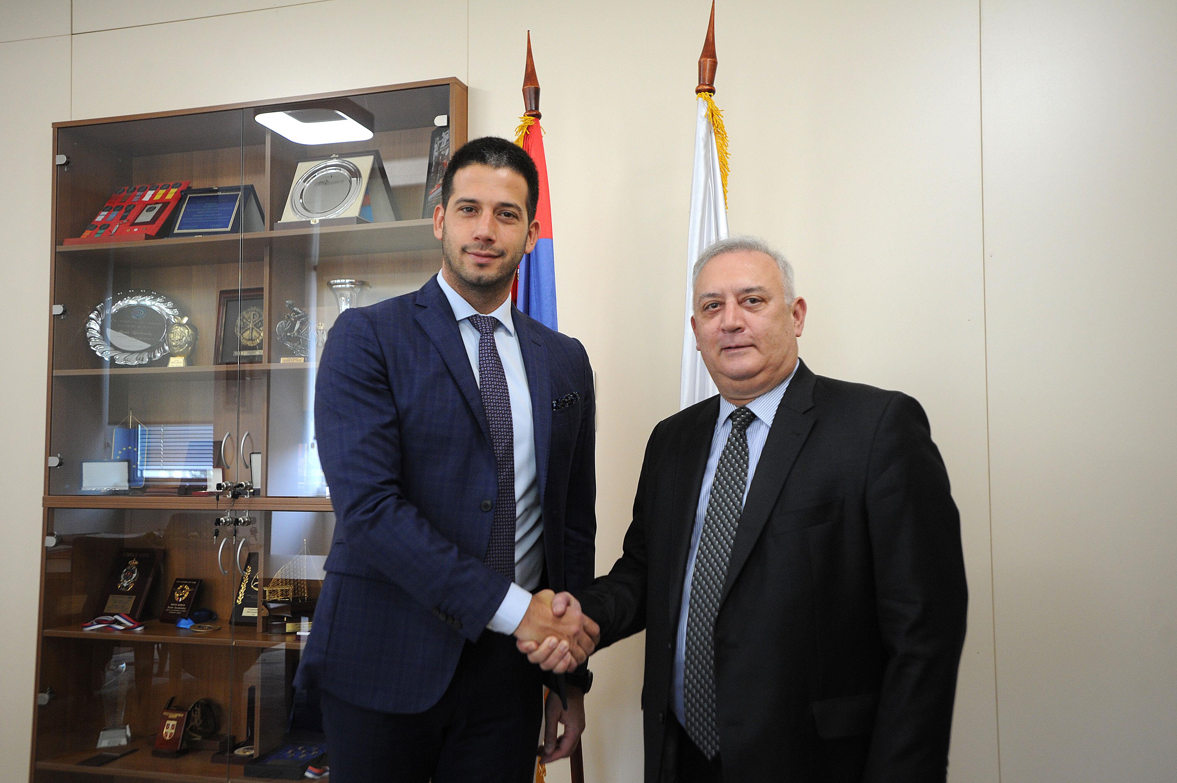 Ministar Udovičić sa ambasadorom Grčke o daljem razvoju prijateljskih odnosa dve zemlje