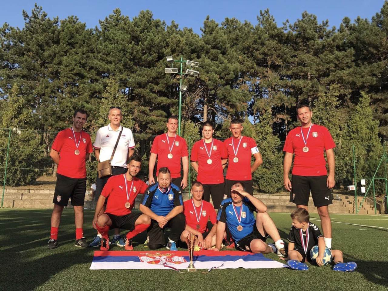 "Ekipa Ministarstva omladine i sporta na drugom Humanitarnom fudbalskom turniru ""Diplomats 4 Children"""