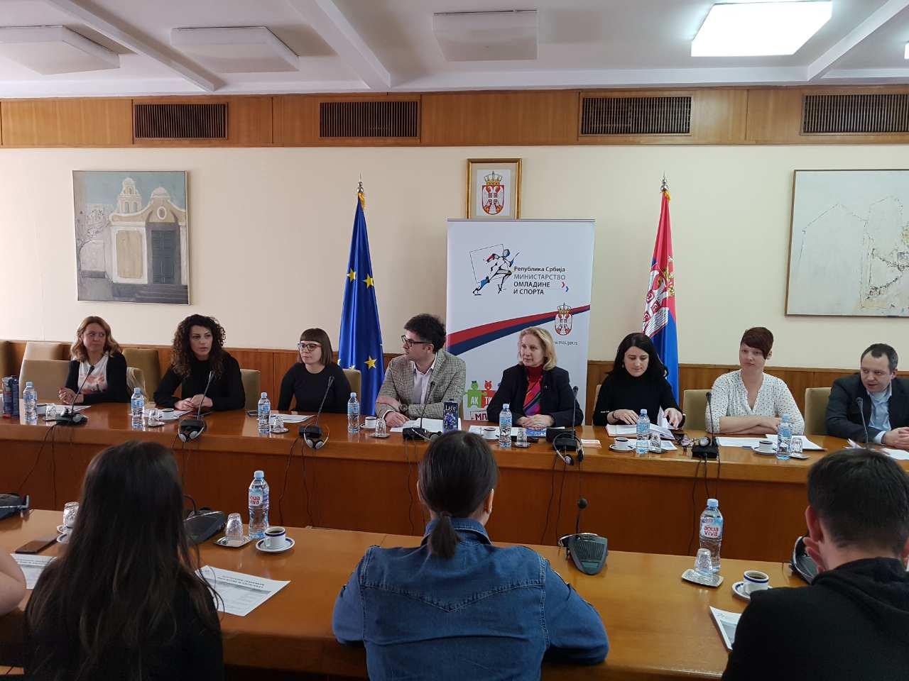 Студијска посета омладинских радника Србији