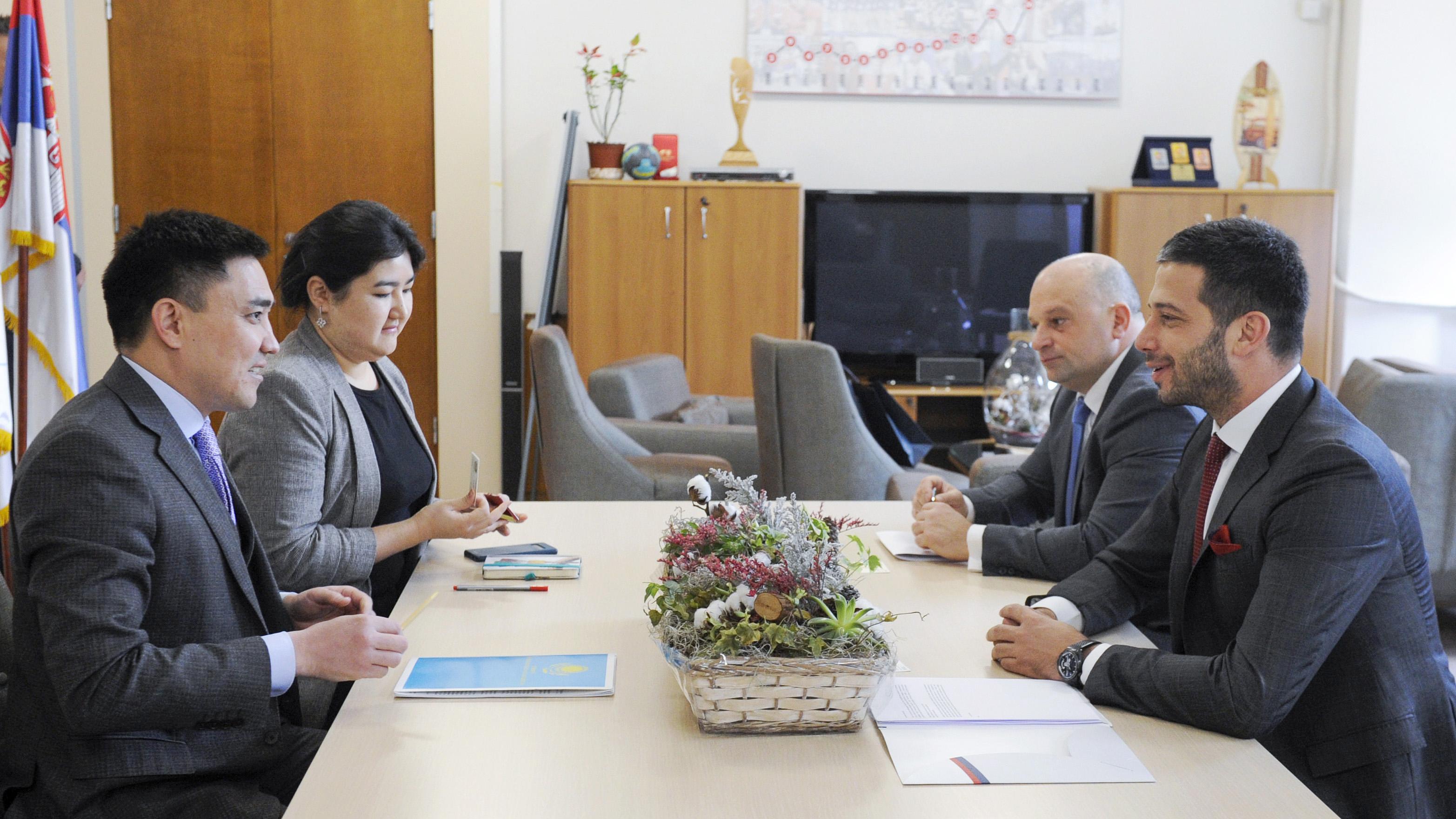 Министар Удовичић са амбасадором Казахстана о проширивању сарадње две пријатељске земље у областима омладине и спорта
