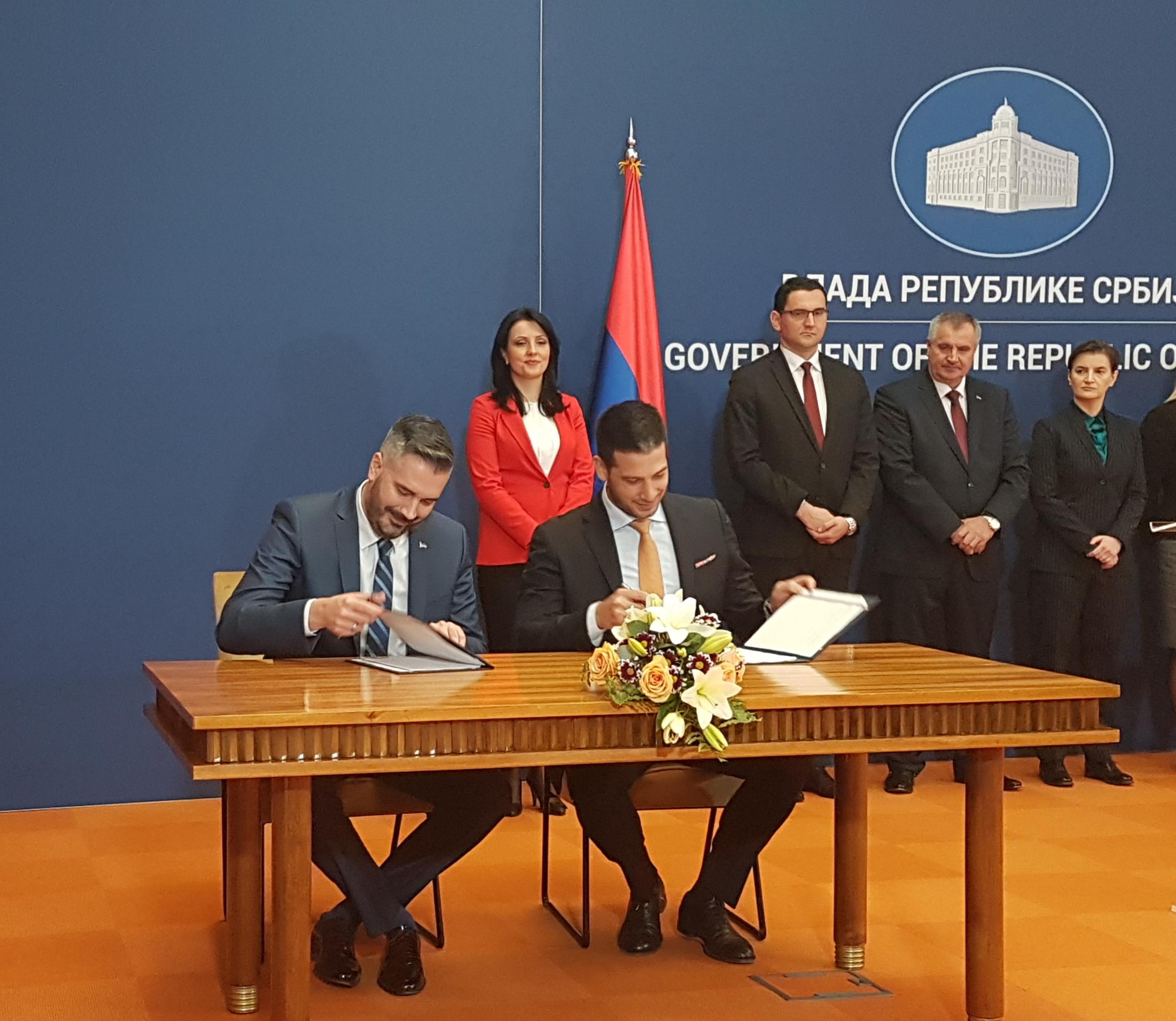 Potpisan Memorandum o saradnji u oblasti stipendiranja mladih talenata Republike Srbije i Republike Srpske