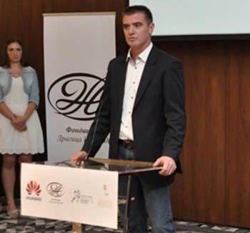 Перуничић: Велика светска компанија отворила врата српским студентима