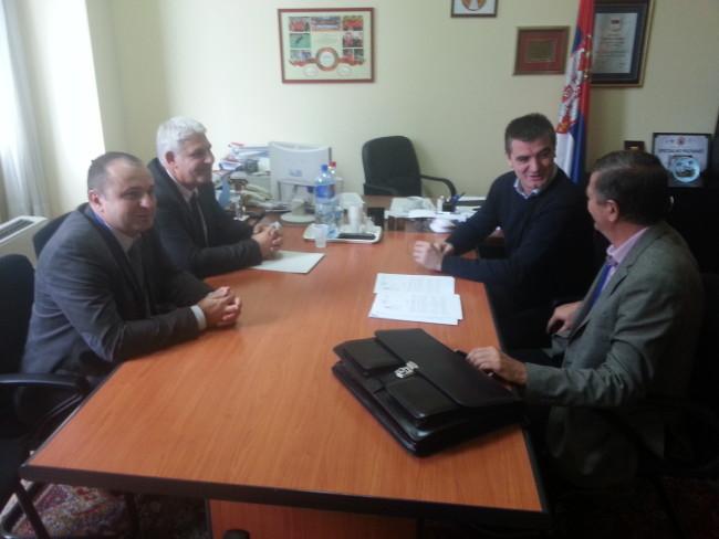 Након 20 година паузе почињу радови на завршетку хале у Бојнику
