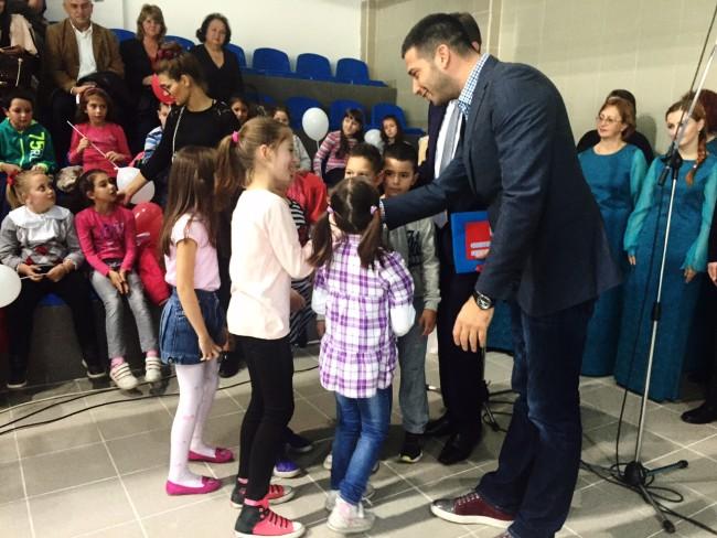 Udovičić otvorio zatvoreni bazen u Pirotu: Želim da sport bude dostupan svima