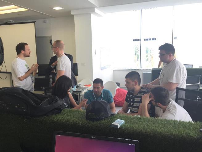 Udovičić posetio mlade preduzetnike u ICT Hub-u