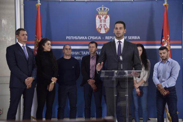 Дипломатски пасоши српским шампионима