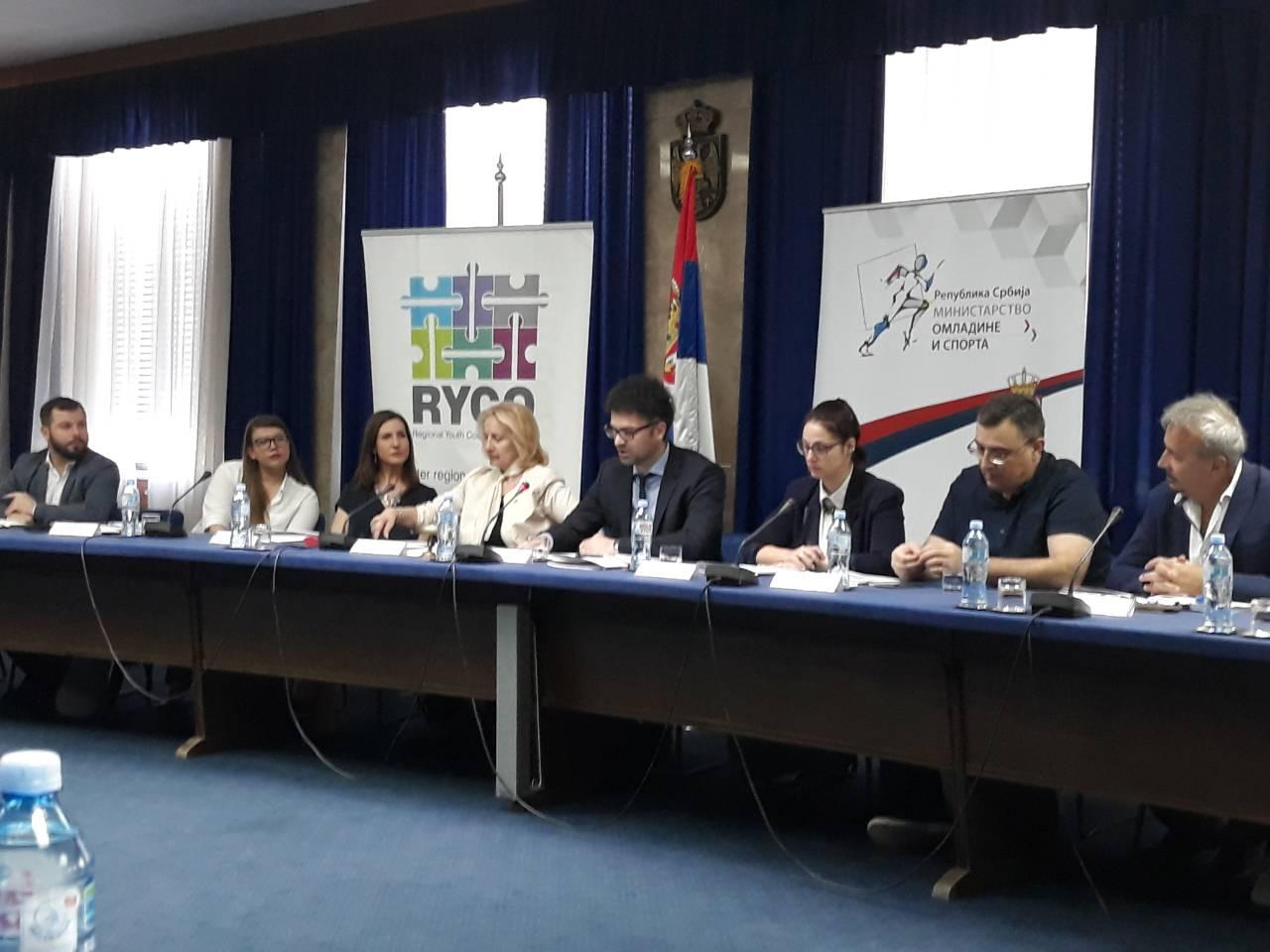 Свечана додела уговора за пројекте одобрене од стране Регионалне канцеларије за сарадњу младих