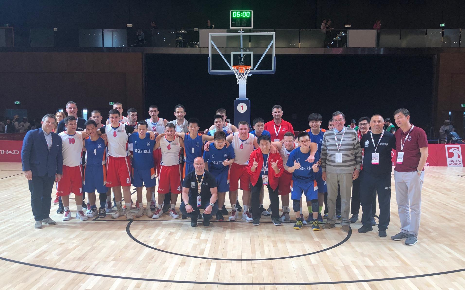 Министар Удовичић посетио српске спортисте на Специјалној олимпијади