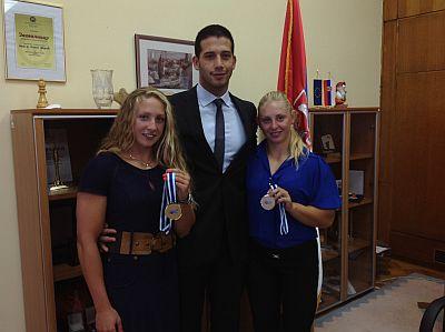 Министар омладине и спорта Удовичић примио освајачице бронзане медаље