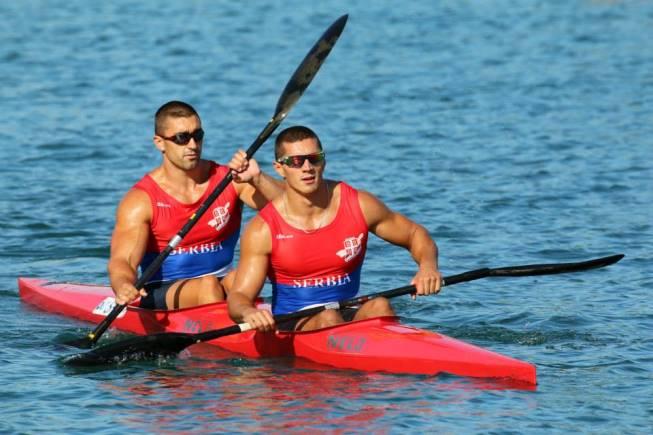 Честитка српским кајакашима на освојеној златној медаљи