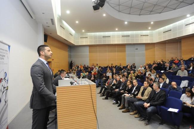 Министар омладине и спрота, Вања Удовичић, округли сто, Закон о спорту